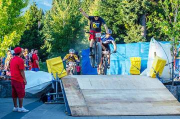 Photo: Joe Parkin. Rider: Seb Kemp, Crankworx Fat Tire Crit.
